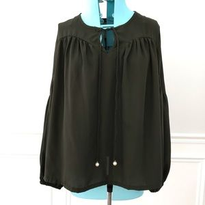 Romeo&Juliet couture olive green boho peasant top